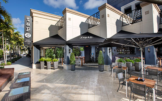 A host of department stores (Lord & Mizner Park Featuring entertainment, culture, dining, and shopping galore, this open-air mall is a city mainstay and one of the area's most upscale venues.